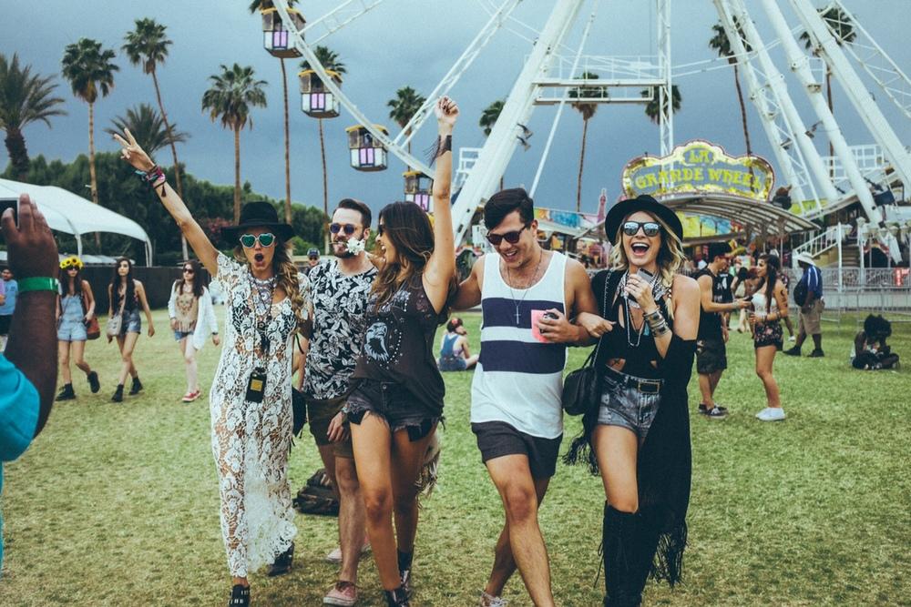 5 tendências para curtir o Lollapalooza em grande estilo!! - Blog Houseando 1aa2ea6c62