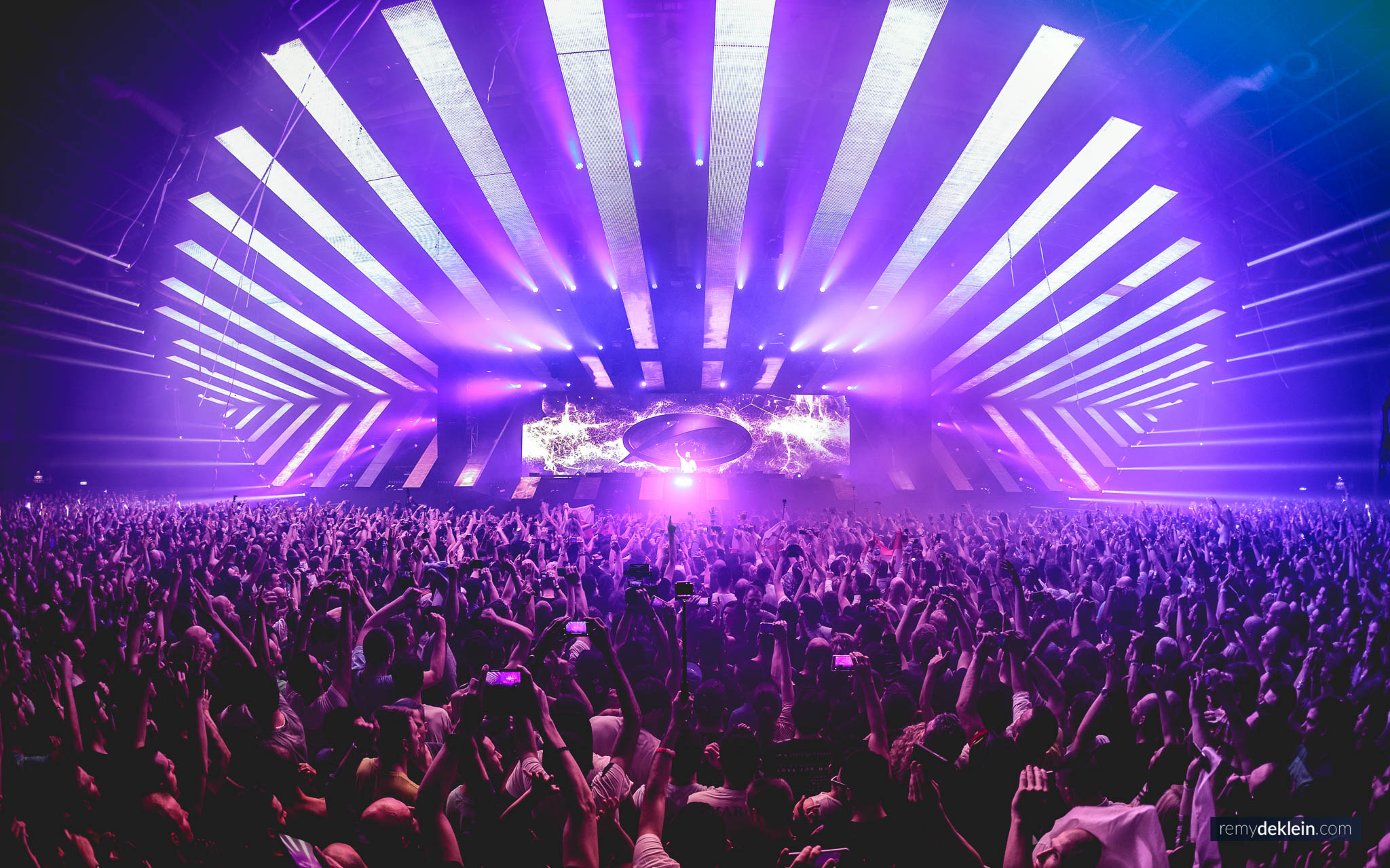 Armin Van Buuren - A State of Trance ASOT   - 13-SEP ...